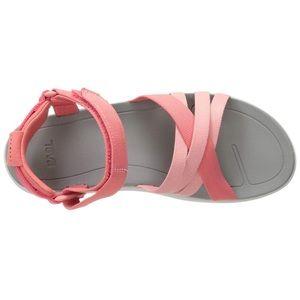 Women's Teva Sanborn Sandal. Size 9. Rose Coral